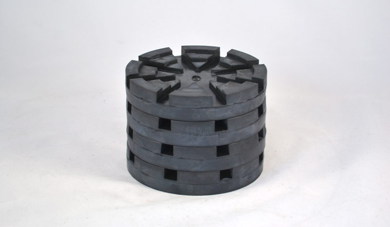 LP619 | Molded Rubber Pad for Wheeltronics / Snap-On / AMMCO Round (Bolt On)