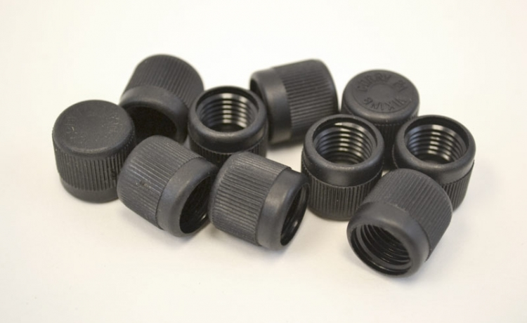 "R12 Black High Side 3/16"" Fitting (Larger) (7/16"" - 20) Service Cap Neoprene O-Ring (10 count)"