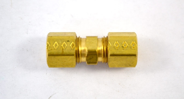"BF40 | 1/4"" Solderless Compression Union Brass Fitting"
