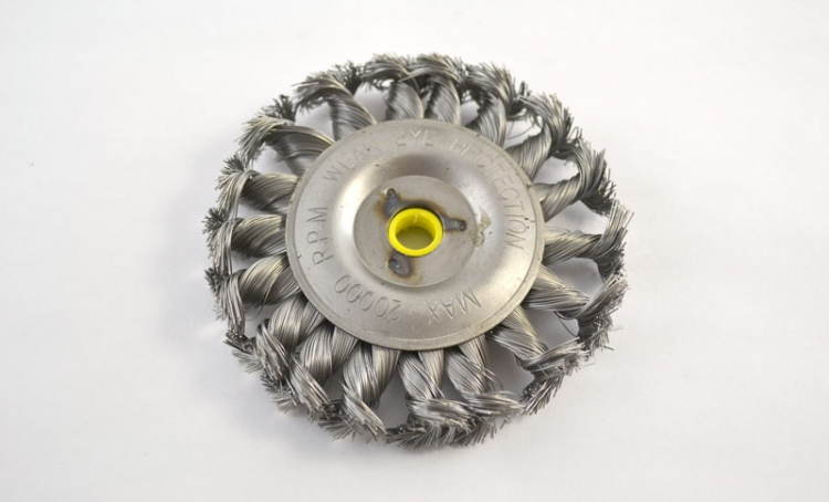 "4"" Twisted Wire Brush"