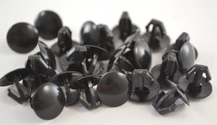 Black Nylon Hood And Trunk Molding Clip Head Diameter 12mm (25 count)