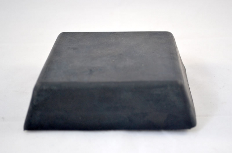 TI181065 | Center Rubber Pad For Coats Tire Changers